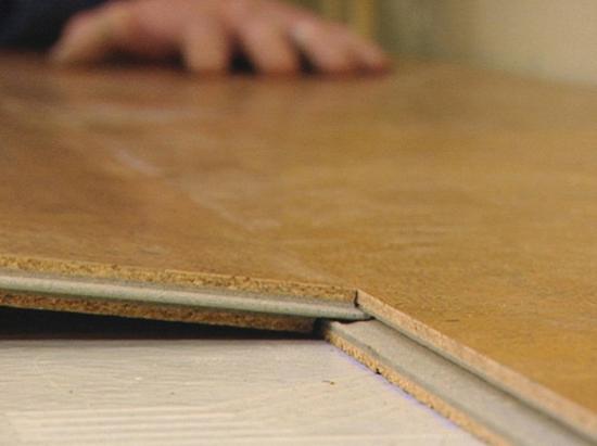 Размер клеевого покрытия — 60х30х0,4 см