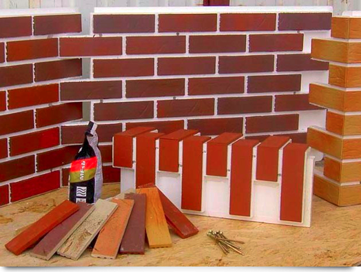 Защищает и полиуретан, и стену